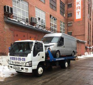 эвакуация грузового минивена